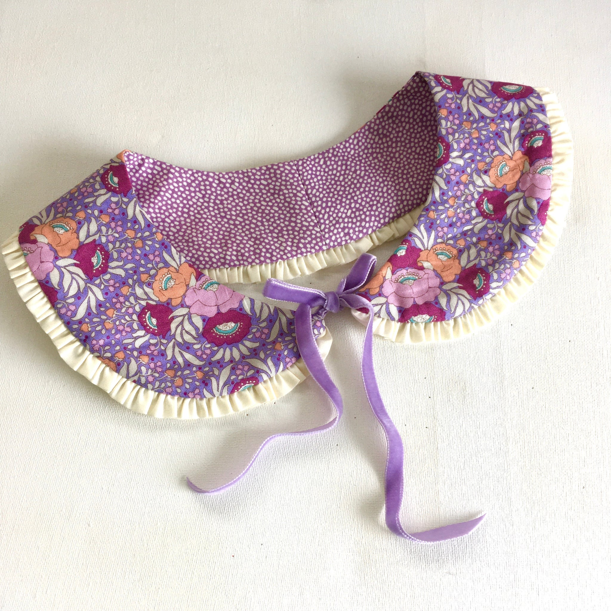 Frilled to Bits Reversible Collar - Lilac