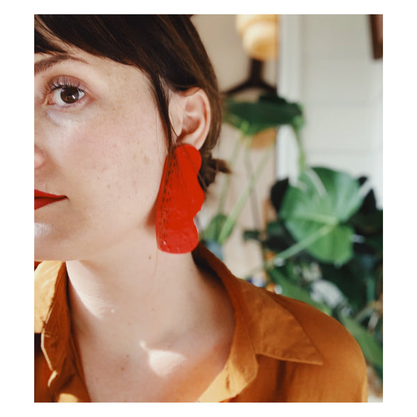 Amoeba Earrings in Cadmium