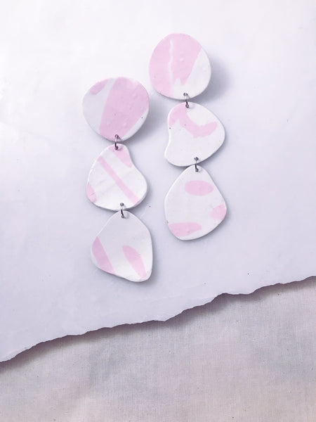 Pebble Earrings in Pink Wisp