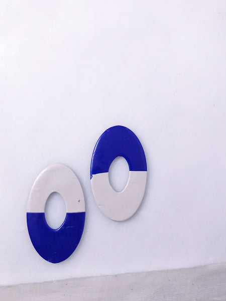 Mollusk Earrings in Blue