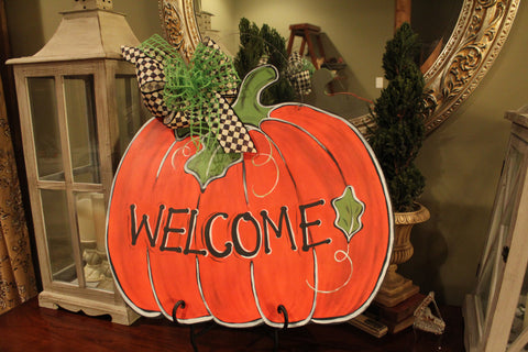 Pumpkin door hanger - Welcome