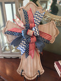 Cross door hanger - light wood 4 seasonal bows