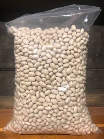 Beans Navy Pea Dry    Grown in Maine 2 lbs.