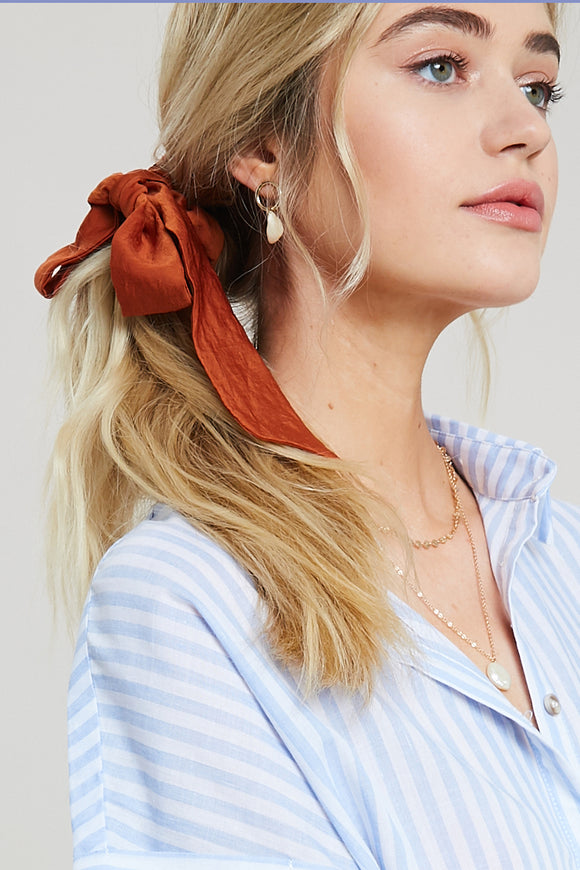 Solid Scrunchie in Amber