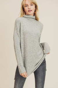 Scarlet Sweater in Heather Grey