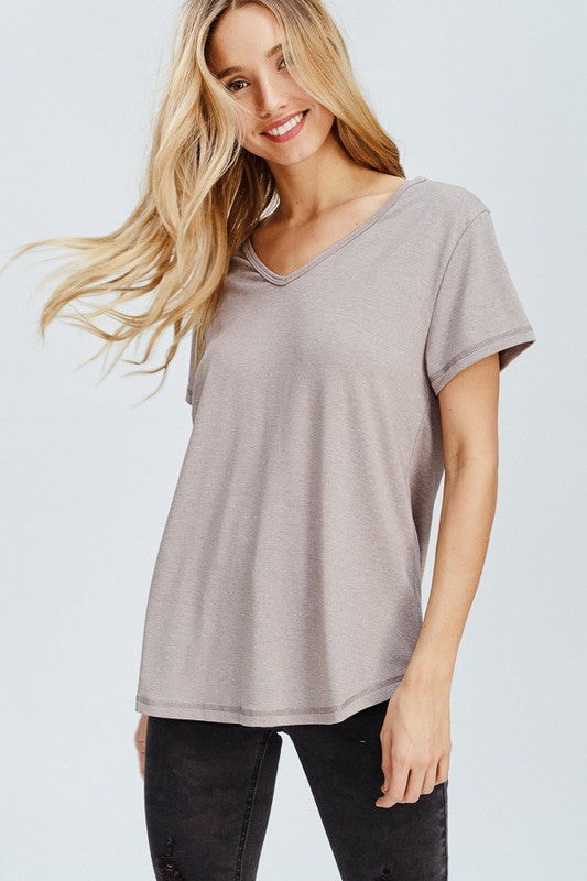 Cut Out V-neck in Oatmeal