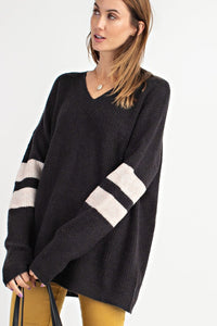 Elise V-neck Sweater in Black
