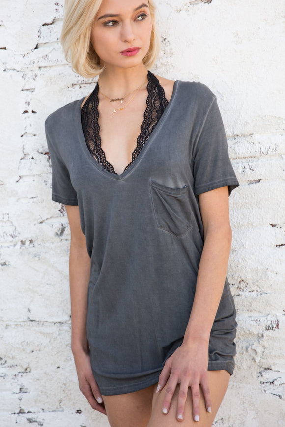 Betty Basic V-neck in Charcoal