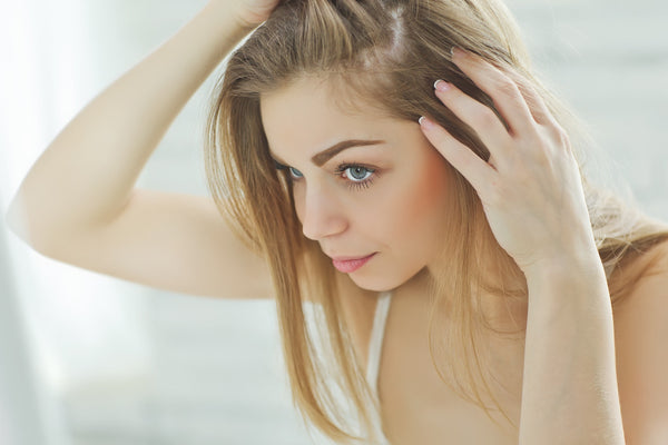 5 Simple Solutions if you suffer from an Oily Scalp and Dry Hair