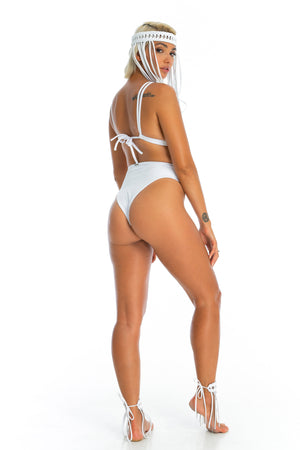 OCEAN BOTTOMS | White
