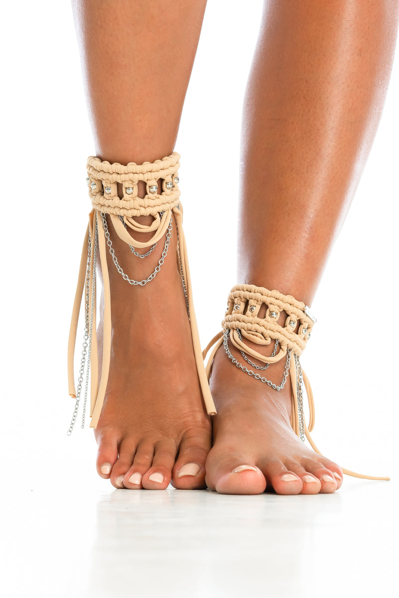 ORACLE DAWN CUFFS | Tan