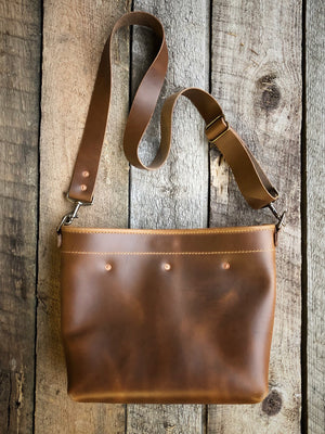 Swift Crossbody [Horween Salted Caramel]