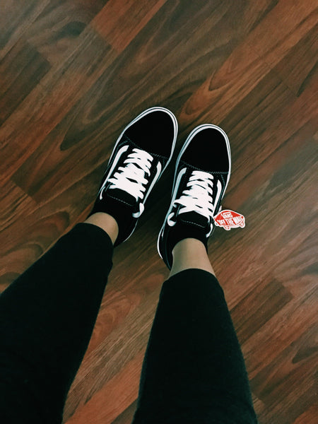 black and white vans womens