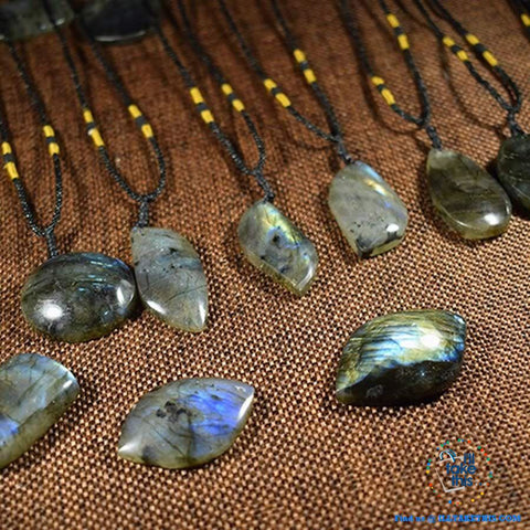 🧘 Handmade Natural labradorite Moonstone Stone Pendants Necklaces - I'LL TAKE THIS