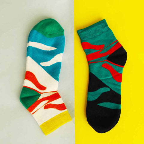 Pack of 2 Socks (Unisex): Electric Waves II
