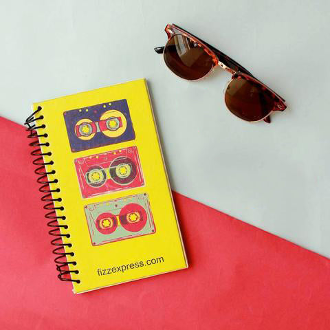 Horn Rimmed Sunsnapper (Leopard Print) , Retro Wire Round Note pad