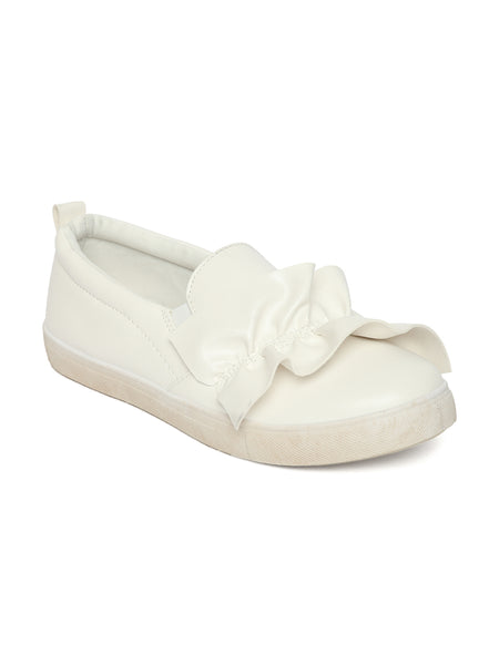 Estatos Leather White Coloured Broad Toe Flat Heel Sneakers