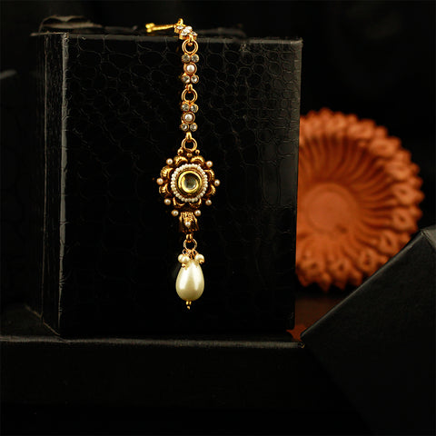 Gold Tone Antique Maang Tikka With Pearl