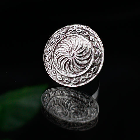 Round Shape Patterned Oxidized Silver Tone Ring