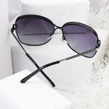 Contrast Bridge Unisex Gradient Sunglasses