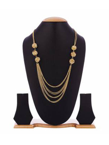 Chica Fashion Jewellery by Fizz: Coil Pompom on Sequence Necklace