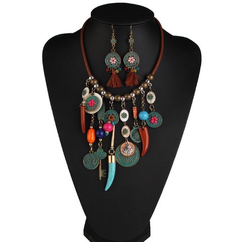 Chica Fashion Jewellery By Fizz : Multicolor Coin Necklace