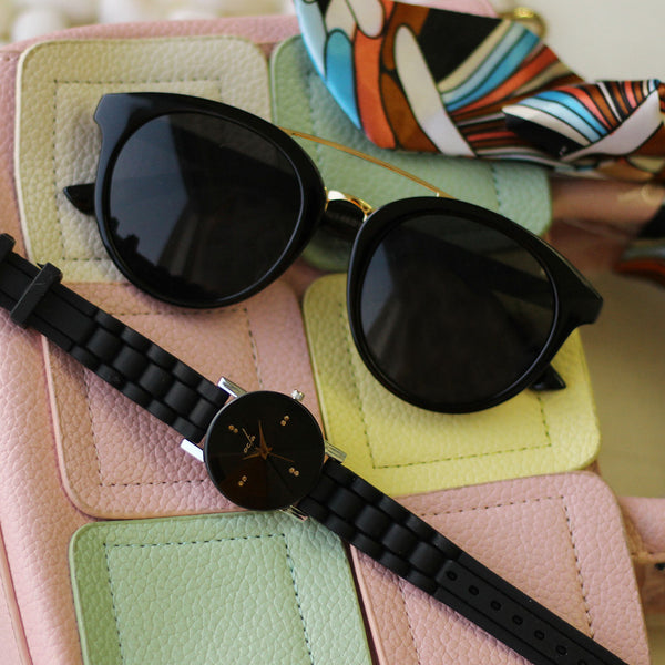 Octa Retro Round Sunglass & Classic Black Watch