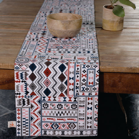 Fanusta Aztec Print Duck Cotton Table Runner