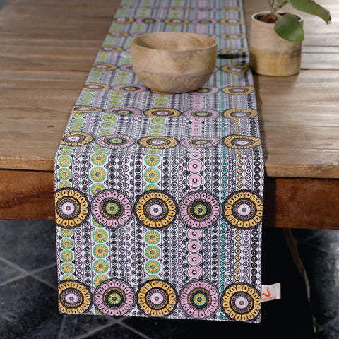 Fanusta Geometric Print Duck Cotton Table Runner