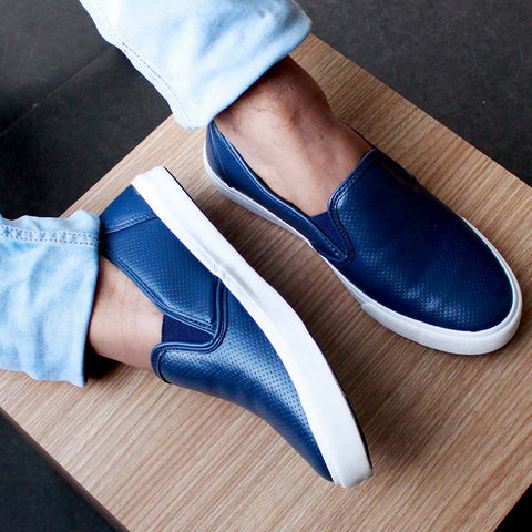 Funky Casual Blue Textured Slip On Sneakers