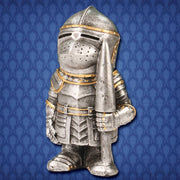 Shorty Bascinet Knight Statue