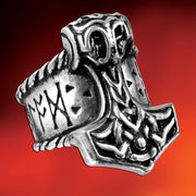 Thor's Runehammer Ring - Costumes and Collectibles