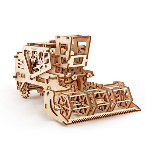 Combine Harvester - UGEARS - Crafters Market