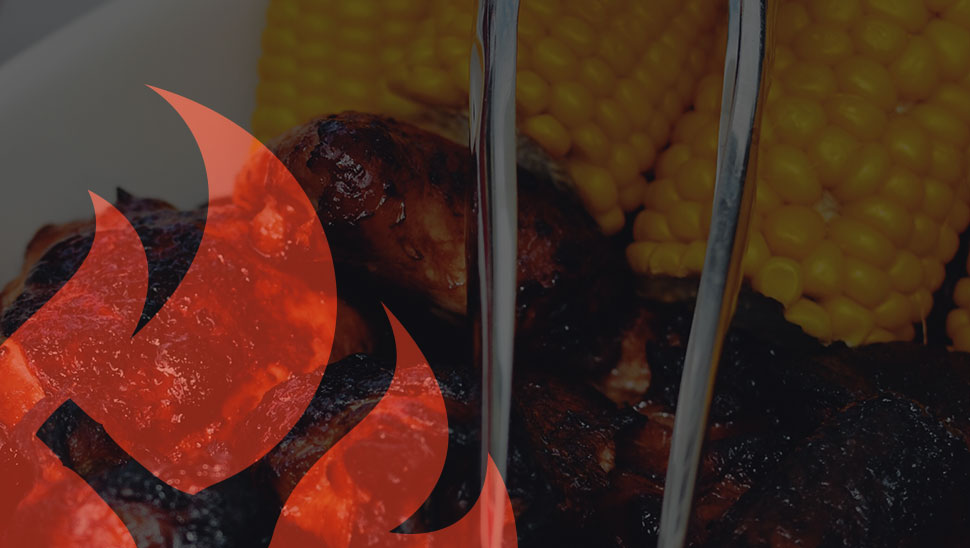 Barbecued chicken and corn
