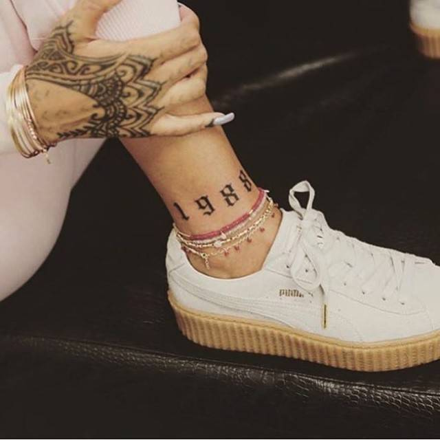 Rihanna's 1988 Birth Year Temporary Tattoo (Set of 3)
