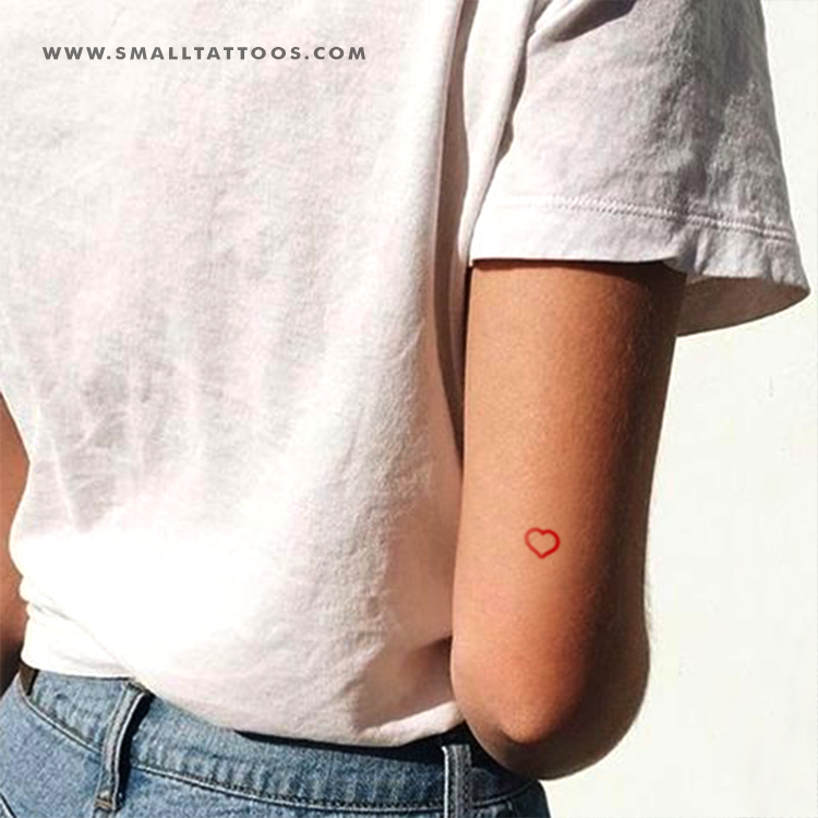 Small Red Heart Outline Temporary Tattoo (Set of 4)
