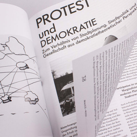 dérive 79 – Protest – buy at GUDBERG NERGER Shop