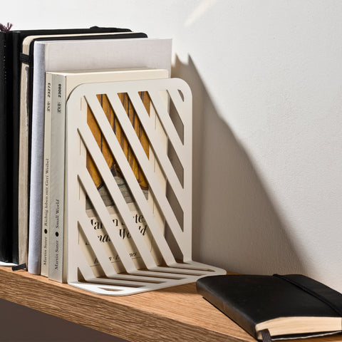 Grid 01 Bookend – White – buy at GUDBERG NERGER Shop