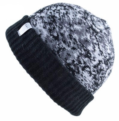 Camoflash style knitted ladies beanie
