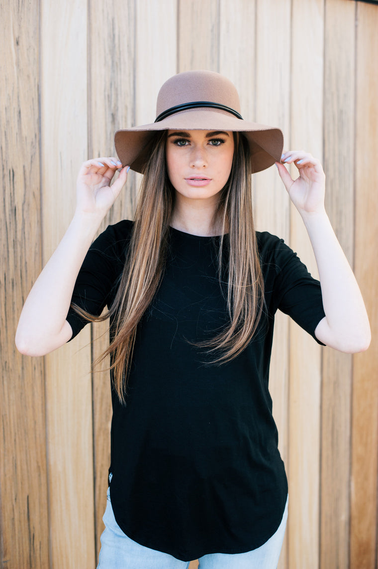 Riley Black Tee