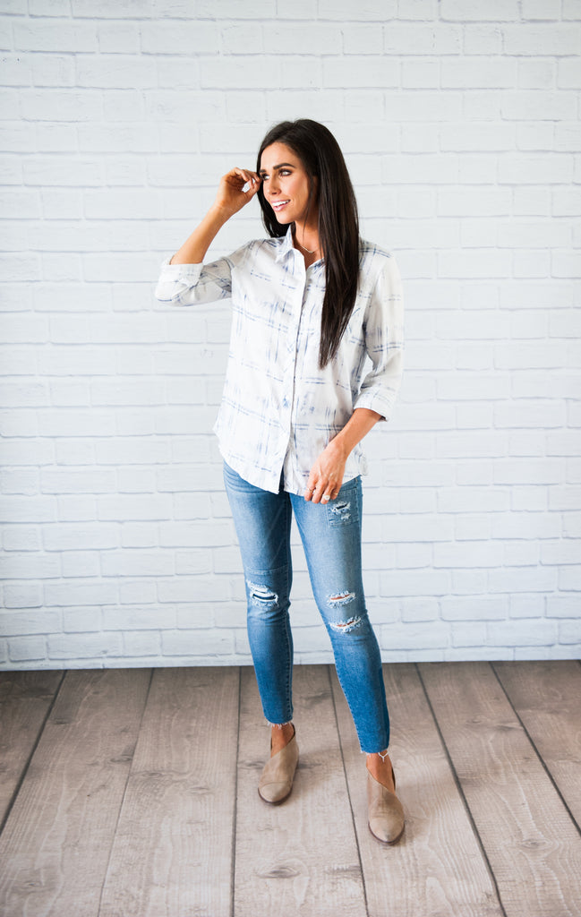 Sighi Faded Plaid Button-Up