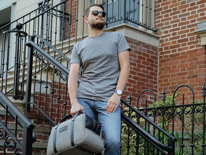 Man with weekender bag DC Fashion