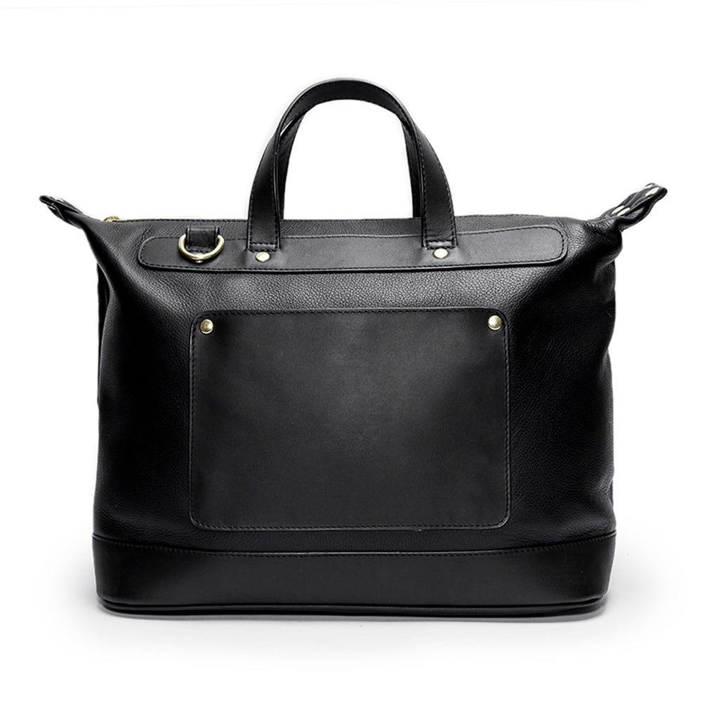 Leather Weekender | Front View | Goose | Black leatherr | Quavaro