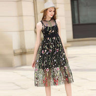Thin Summer dress with floral embroidery