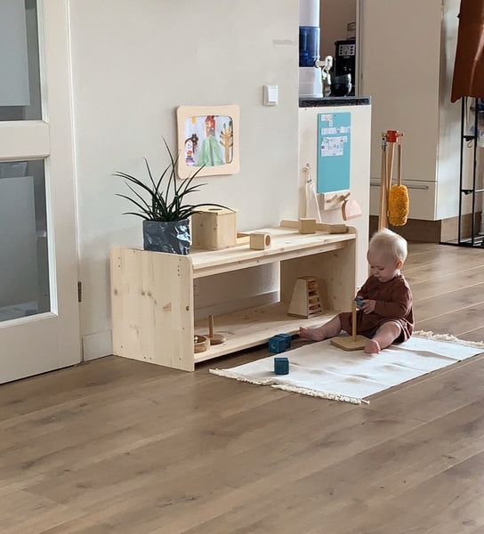 Montessori Low Baby Shelf