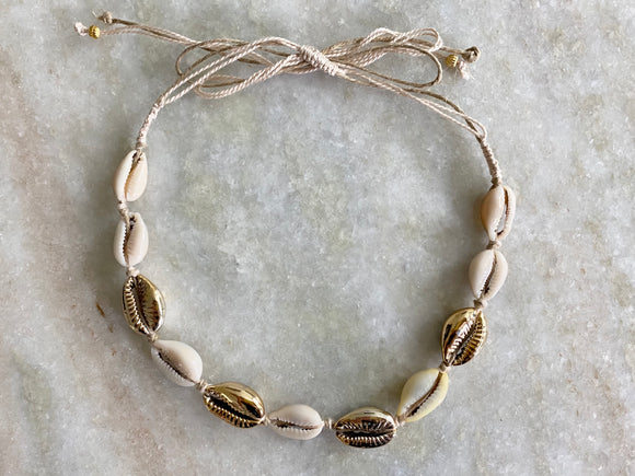 Puka sea shell choker