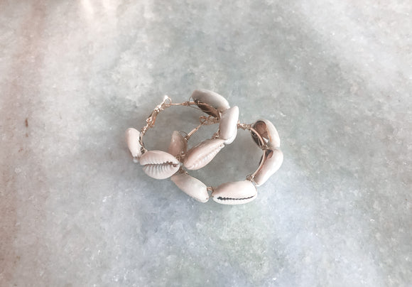 Sea shell small hoop earrings