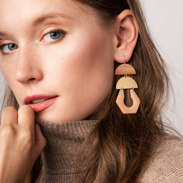 Stone Cutout Earring - Sunstone/Gold