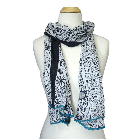 Flowerbeds Scarf
