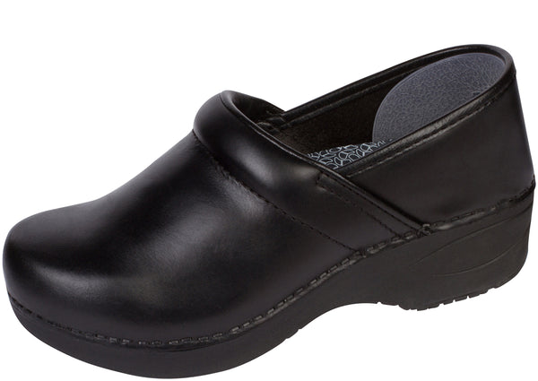 Dansko Womens Wide XP 2.0 Pull Up Black